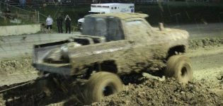 Thursday, August 17th<br>4 x 4 Mud Bog