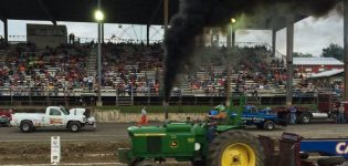 Tuesday, August 14th<br>Truck & Tractor Pull